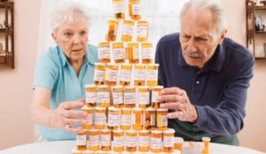 Automatic Pill Dispenser to protect seniors